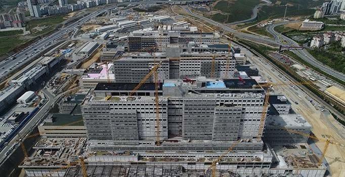 Başakşehir Şehir Hastanesi'nin İnşaat Çalışmaları Görüntülendi