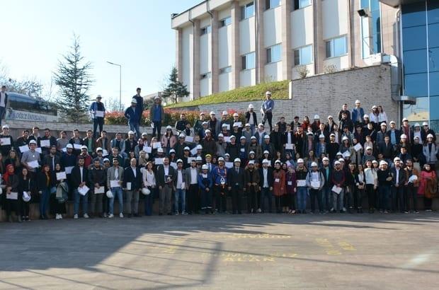 Düzce Üniversitesi'nde Güvenli Çalışma Sempozyumu Düzenlendi