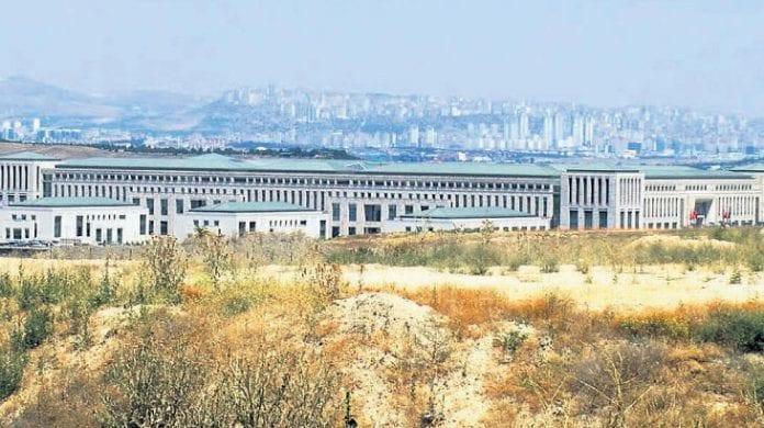 MİT'in Yeni Kalesinde Havalimanı Var