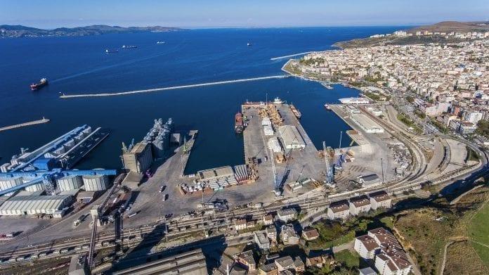 Balıkesirli Sanayici Bandırma Limanı'nı Bekliyor
