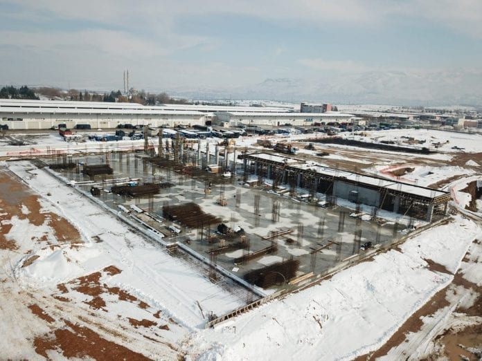 Büyükşehir'in Lisanslı Depo İnşaatı Sürüyor