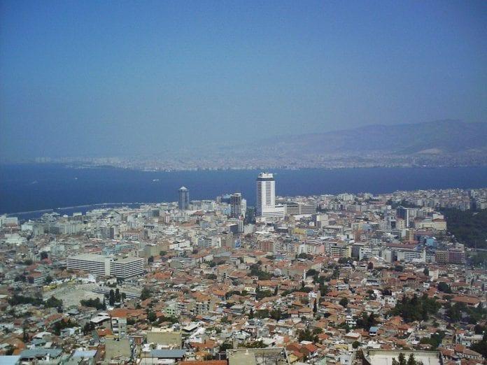 İzmir Ege Mahallesi'nde Kentsel Dönüşüm İçin Düğmeye Basıldı!