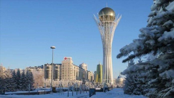 Kazakistan-Özbekistan Sınırına Ticaret Merkezi!